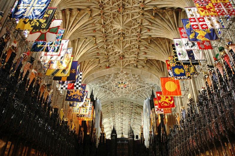 1200px-Castell_de_Windsor_-_Capella_de_Sant_Jordi