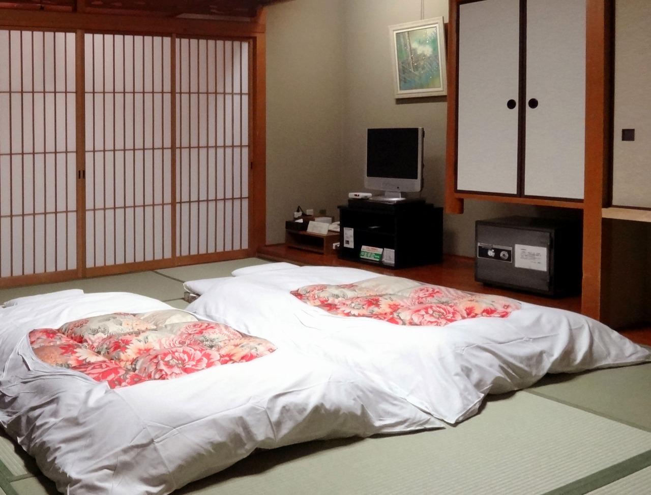 image via 京都 旅館 石長松菊園